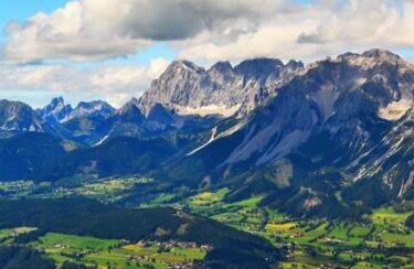 Kletterausrüstung Verleih Ramsau : Skiverleih in ramsau dachstein intersport bachler