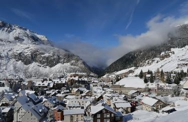 Andermatt Winter | © https://www.flickr.com/photos/kecko/